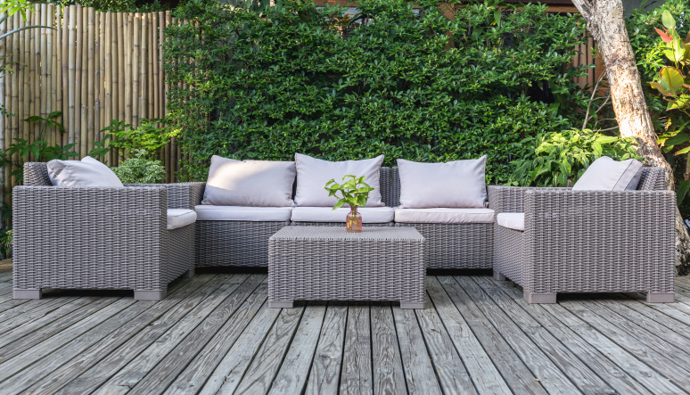 Zútulnite si svoj balkón alebo záhradu